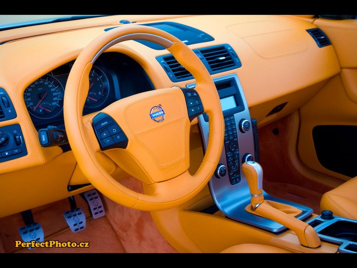 2007-Volvo-C30-by-Heico-Sportiv-for-SEMA-Dashboard-1280x960_PerfectPhoto.cz_2014-11-15 20-24-17.jpg